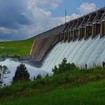 Hartwell_Dam_Spillway_Release_-_July_9,_2013_(9264692746)
